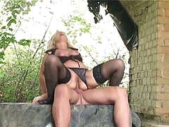 Blonde granny banged hard outdoors by huge juvenile jock in butt