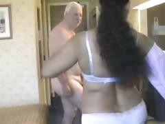 Chunky playgirl from India grinding on white old man's strong 10-Pounder