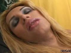 2 gorgeous sheladys meet a lewd boy